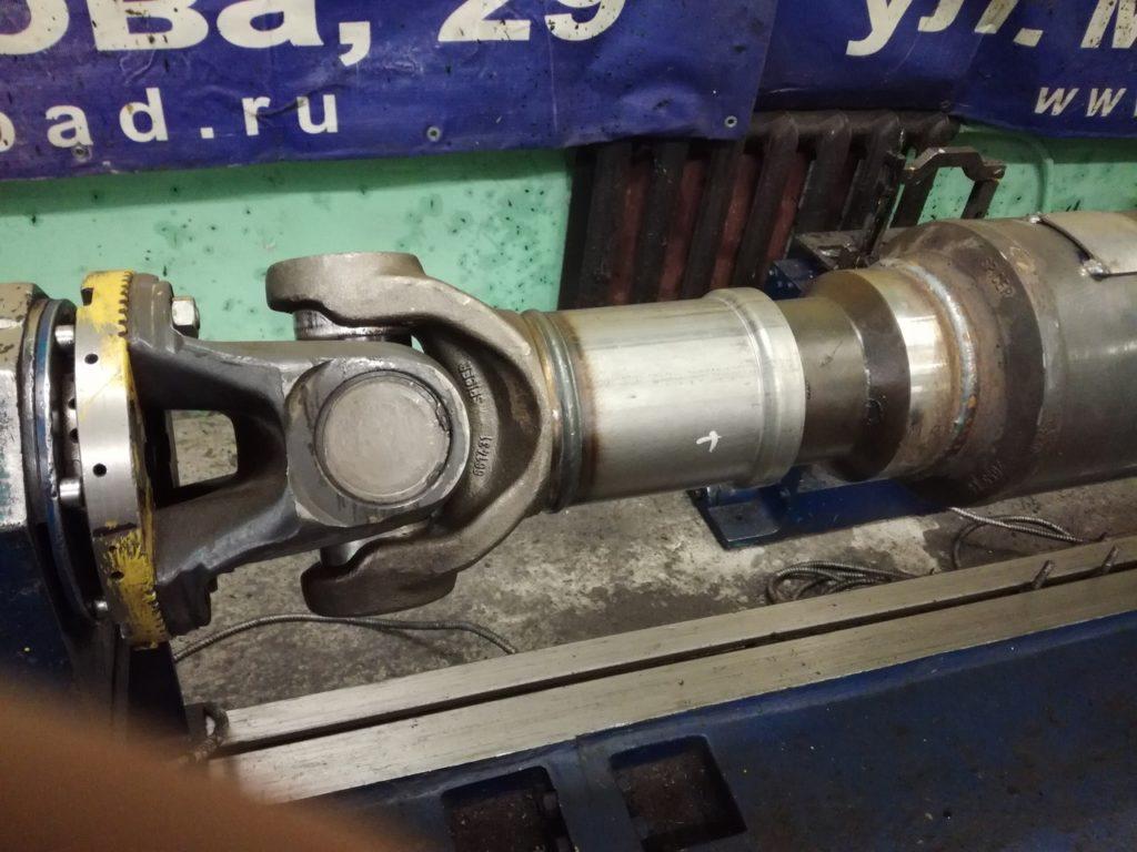 Ремонт 2-х опорного карданного вала миксера Volvo