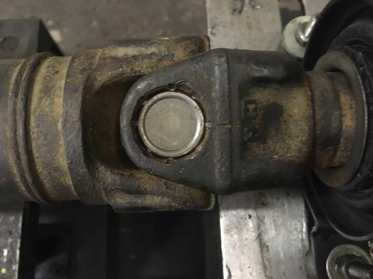 Ремонт 3-х опорного карданного вала BMW X5 E53 с запчастями клиента