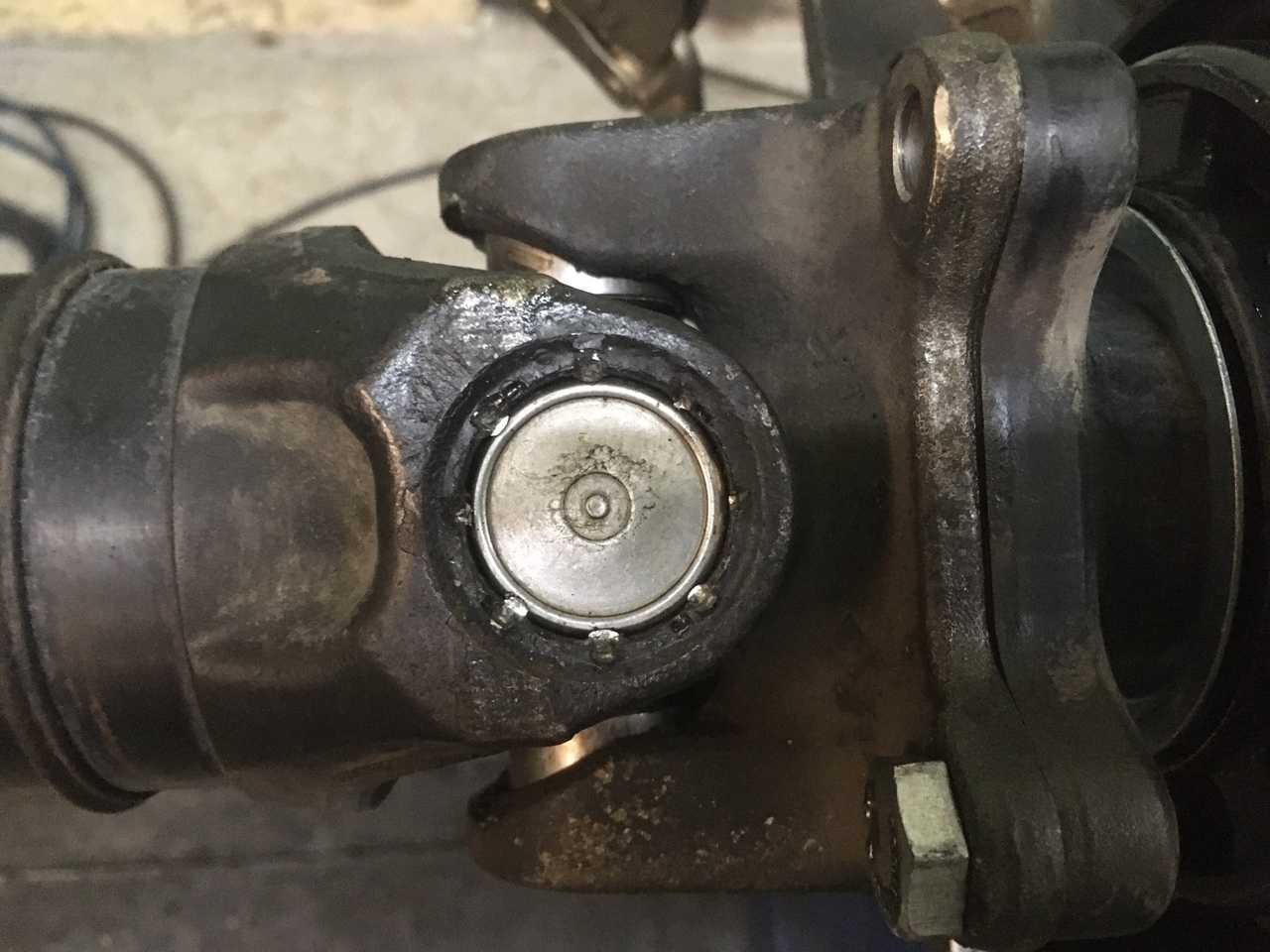 Ремонт 4-х опорного карданного вала автомобиля Mercedes-Benz Sprinter