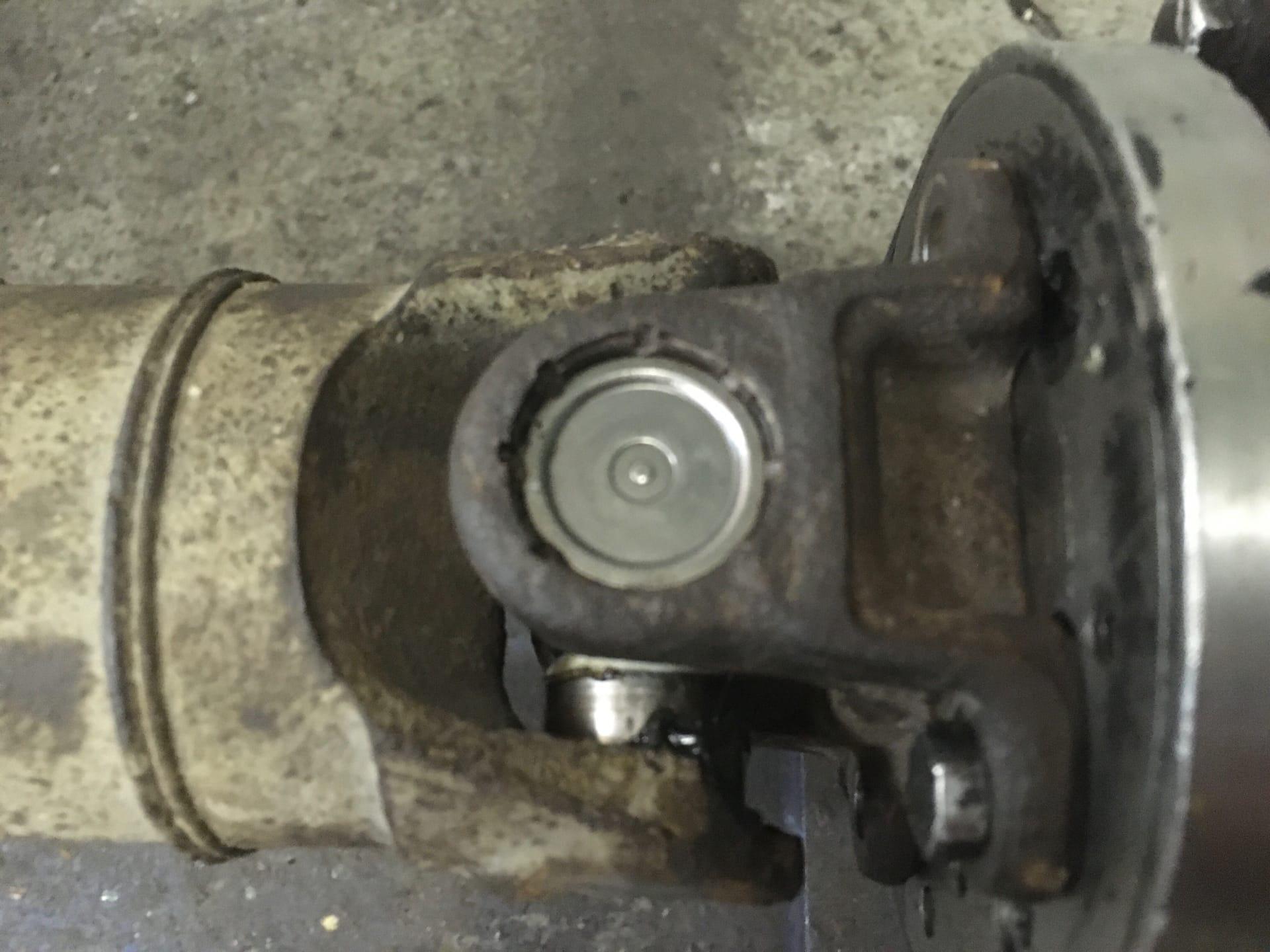 Ремонт 3-х опорного карданного вала Hyundai Starex H-1