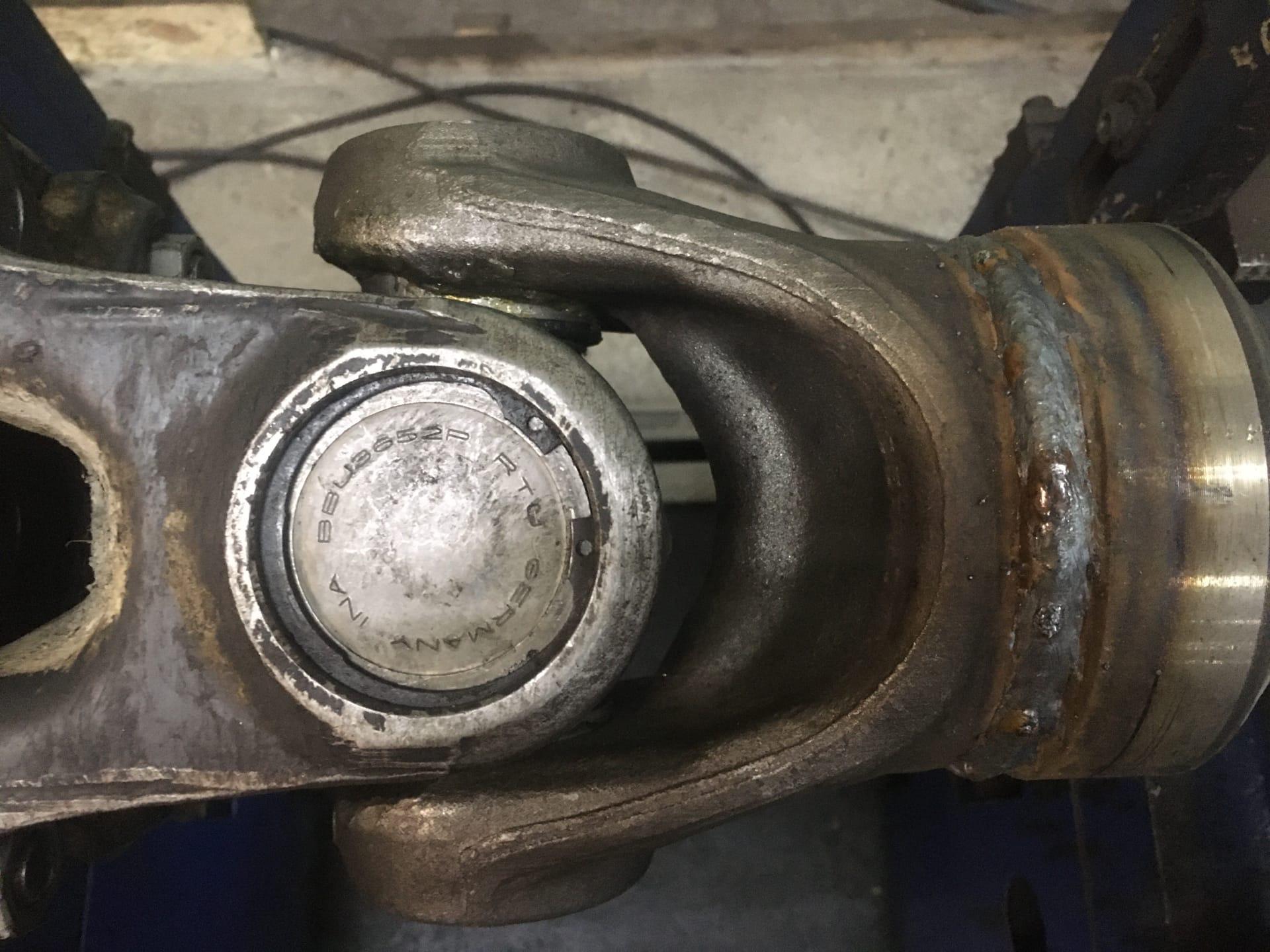 Ремонт 2-х опорного межосевого карданного вала автомобиля Volvo