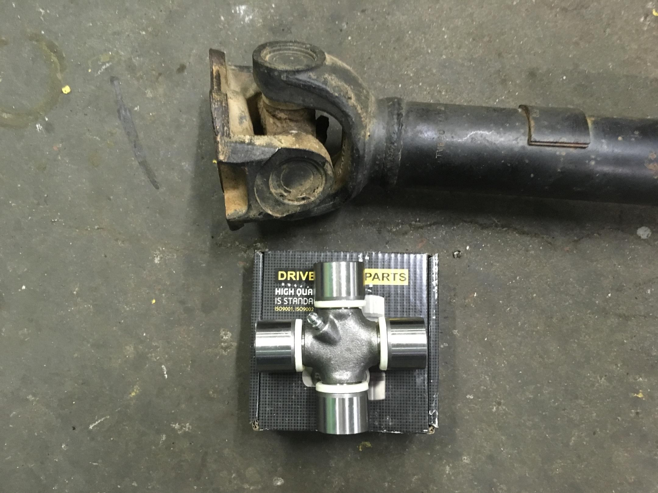Ремонт 2-х опорного карданного вала Land Rover Defender.